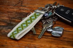 Schlüsselanhänger beige-grün
